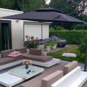 Loungeset Monte Carlo + parasol Sicilië bezorgd in Rosmalen